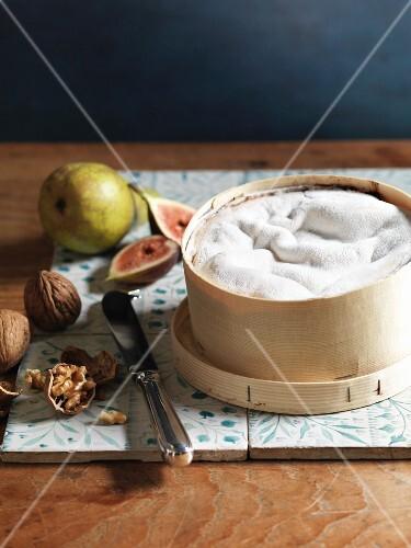Vacherin, walnuts, figs and pears