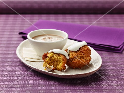 Muffins and cocoa