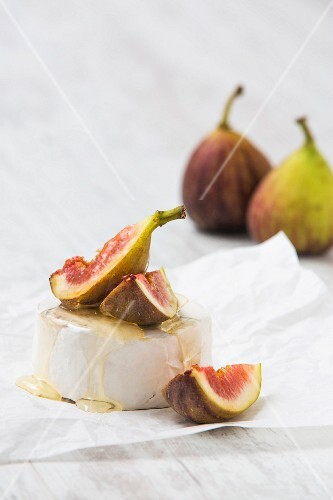 Camembert with honey and figs