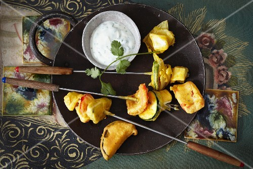 Indian vegetable fondue with a dip