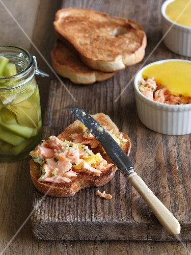 Salmon and horseradish spread, toast and gherkins