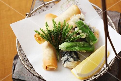 Spring rolls and tempura (Japan)