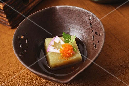 Boiled radish with caviar (Japan)