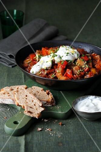 Vegetarian potato goulash