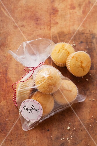 Muffins in a freezer bag
