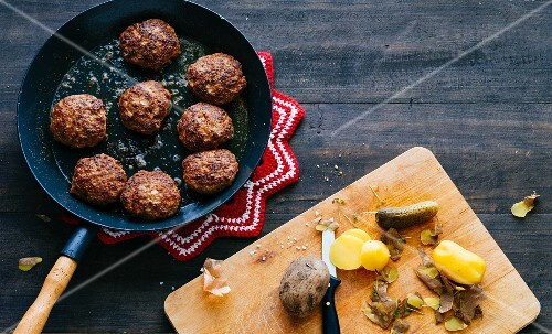 Meatballs with new potatoes