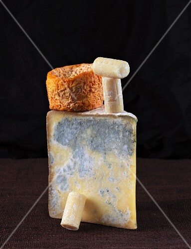 A small arrangement of cheese