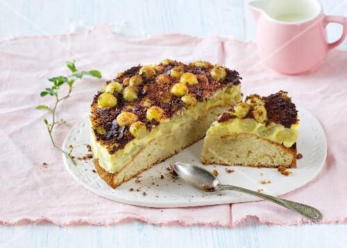 A mini gooseberry cake