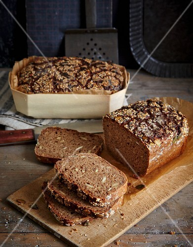Wholemeal bread baked in a wooden basket