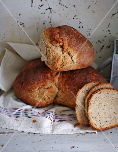 Moist country bread (white bread, Swabia, Germany)