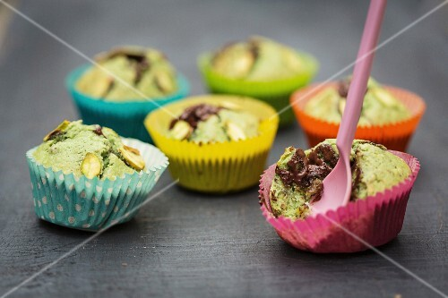 Pistachio muffins filled with chocolate