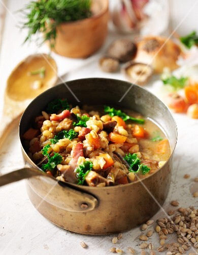 Pearl barley with bacon and mushrooms