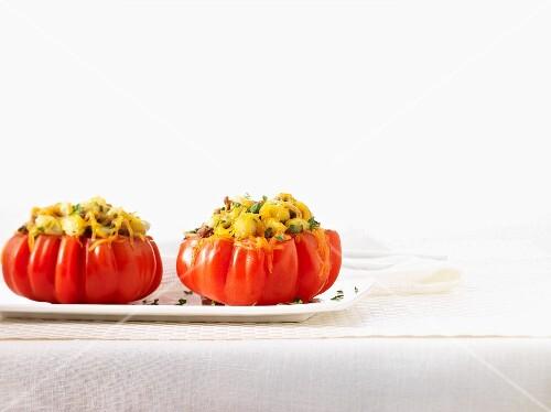 Stuffed beefsteak tomatoes