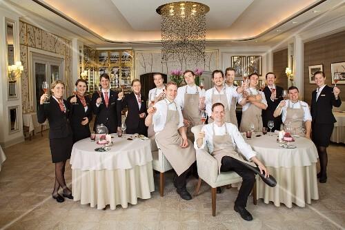 Head chef Christoph Rüffer and his team in the Haerlin Restaurant, Fairmont Hotel Vier Jahreszeiten, Hamburg