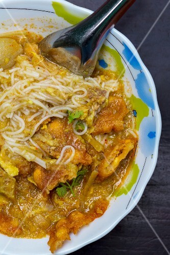 Mohinga (fish soup with rice noodles, Myanmar)