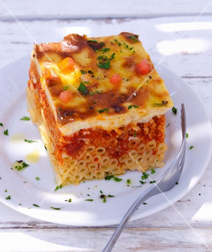 Pasticcio (pasta bake with minced meat, Greece)
