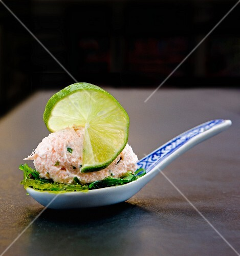 Trout mousse with wakame seaweed on a canapé spoon