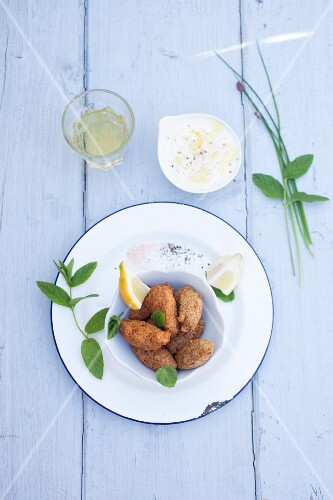 Gluten free falafel with mint and yoghurt sauce