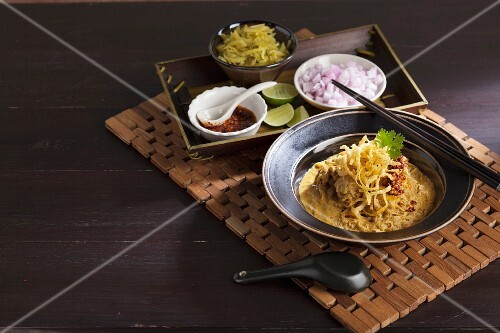 Beef curry with noodles (Thailand)