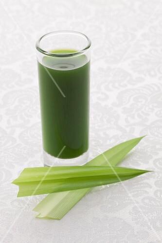 Green pandan drink