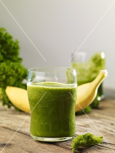 Green kale smoothie made with bananas
