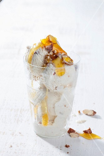 Semifreddo with sugared almonds