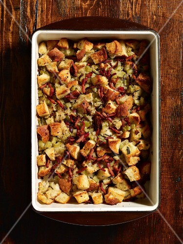 Sage bread stuffing for roast turkey