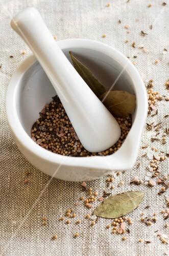Spice mixture in mortar