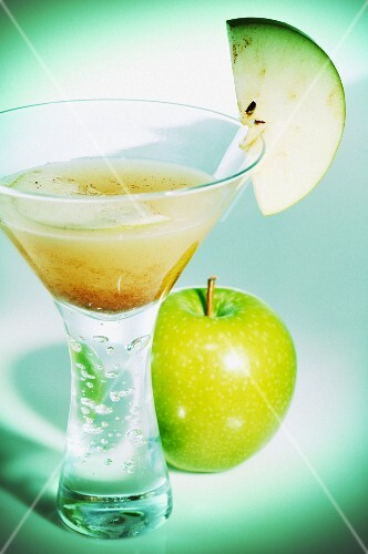 White rum with apple and cinnamon