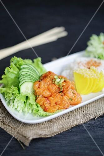 Salmon tartar with cucumber (Japan)