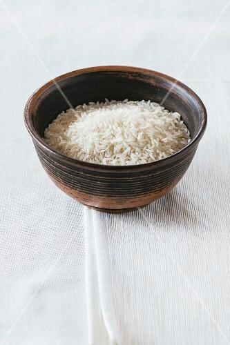 Jasmine rice in a ceramic bowl
