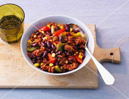Chilli con carne with sweetcorn and peppers