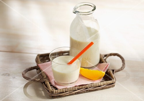 Banana buttermilk with orange juice