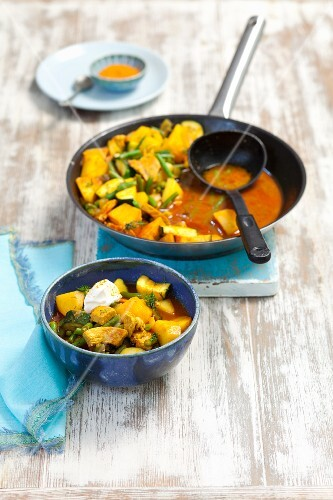 Pork curry with vegetables