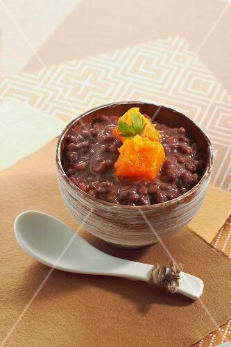 Adzuki bean stew with pumpkin