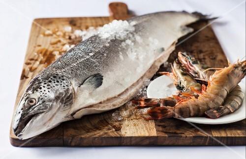 Norwegian salmon and raw prawns