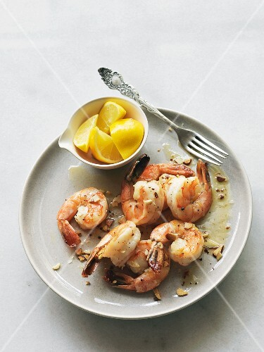 Prawns with lemon butter and almonds