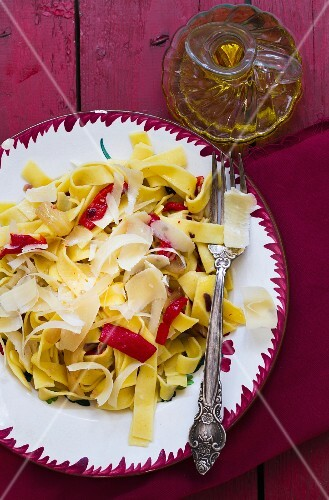 Tagliatelle with chilli and Parmesan cheese
