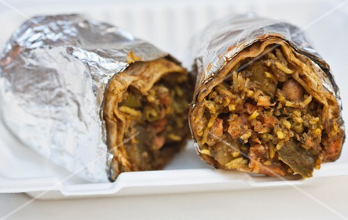 Indian burritos in the Curry Up Now food truck (San Francisco, USA)