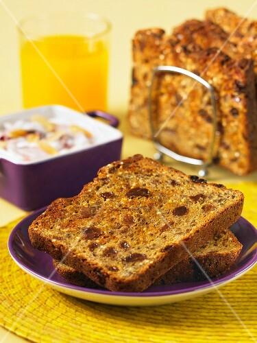 Cinnamon and raisin toast