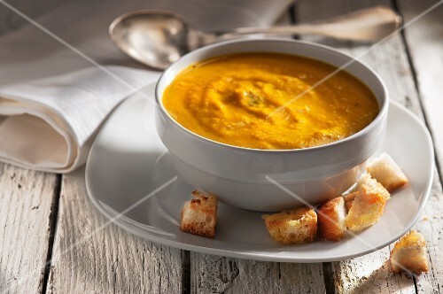 Indian pumpkins and carrot soup with croutons