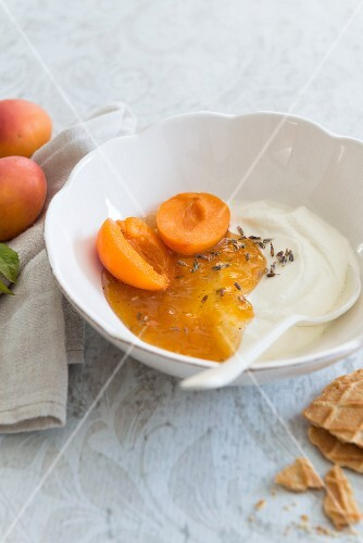 Yogurt with honey, lavender and apricots