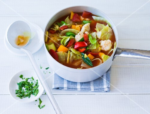 Cabbage soup with peppers