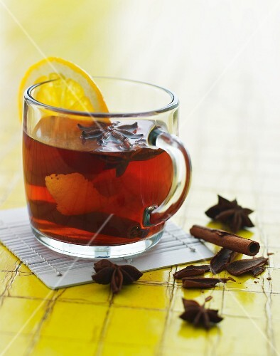 Tea with lemon and spices