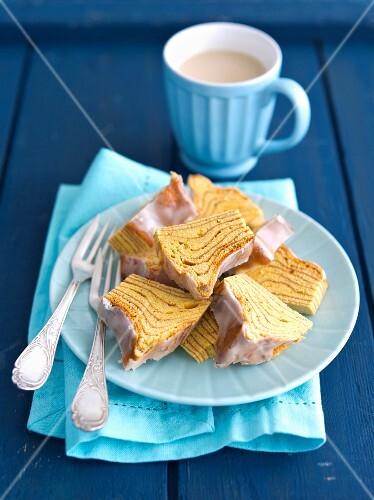 Baumkuchen (German layer cake) with coffee