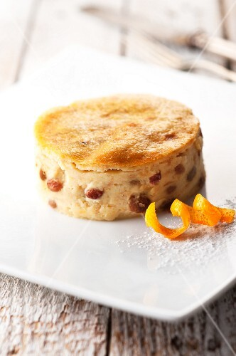 Torta putana (bread tart, Venetia) with raisins and orange zest