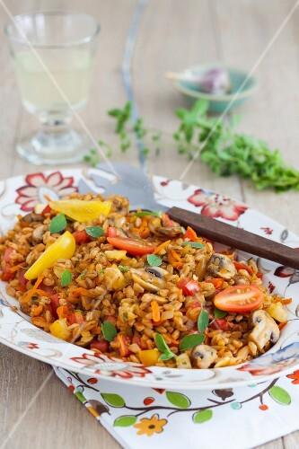 Warm Mediterranean farro salad with mushrooms, tomatoes and fresh oregano