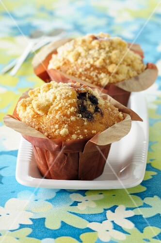 Blackberry crumble muffins