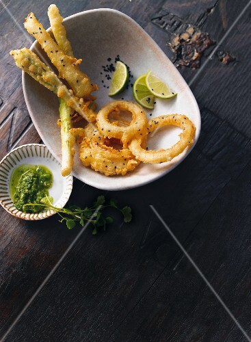 Vegetable tempura with limes