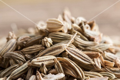 A pile of fennel seeds (close-up)
